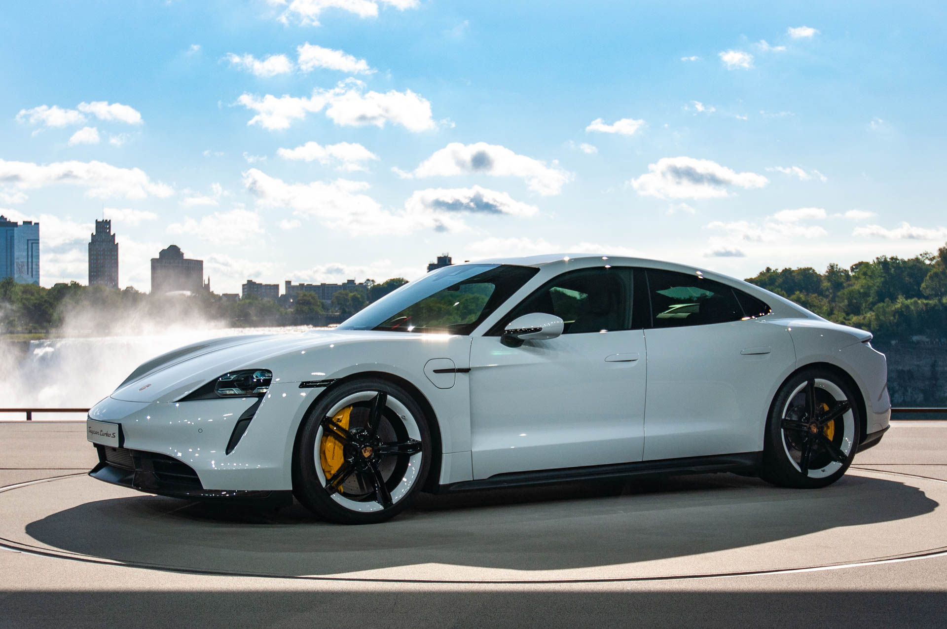 That Sweet 2020 Porsche Taycan